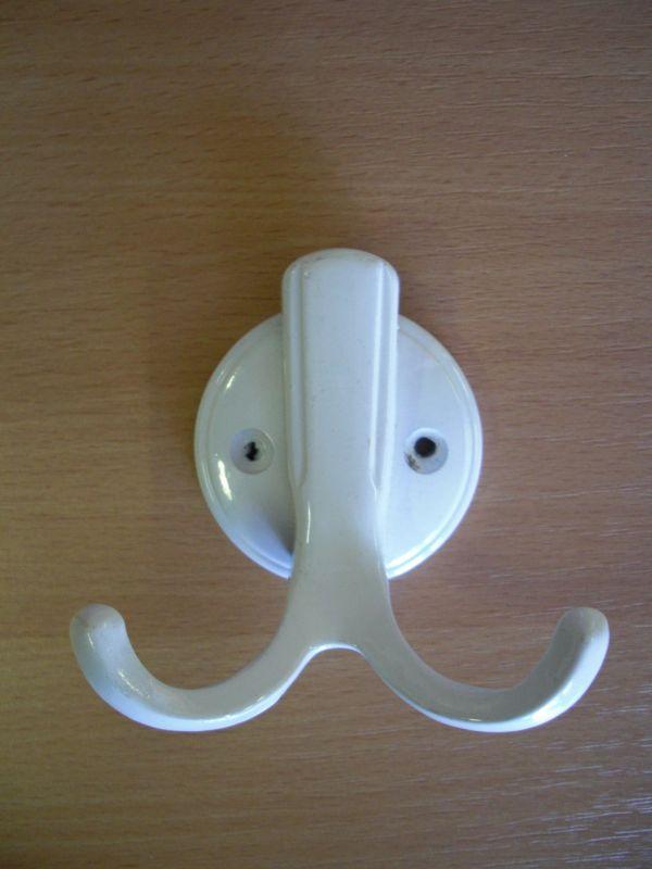 Közepes fehér kétágú fogas M357/fh