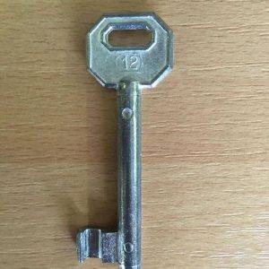 M 340 lővér nyers 12-es kulcs