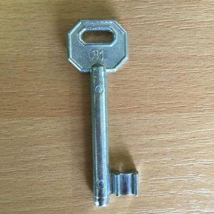 M 340 lővér nyers 31-es kulcs