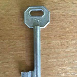 M 340 lővér nyers 47-es kulcs
