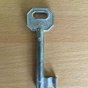 M 340 lővér nyers 51-es kulcs