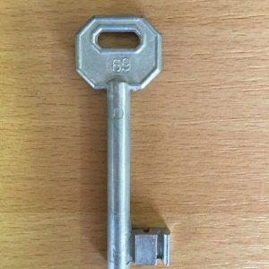 M 340 lővér nyers 69-es kulcs
