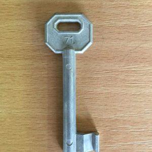 M 340 lővér nyers 71-es kulcs