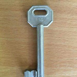M 340 lővér nyers 74-es kulcs