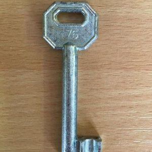 M 340 lővér nyers 76-os kulcs