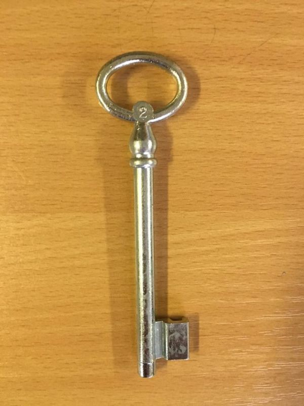 M 355 Kertkapu kulcs 2-es