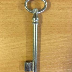 M 355 Kertkapu kulcs 23-as