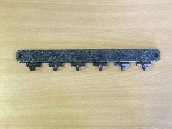 M 194 barna kulcsakasztó