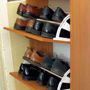 cipőtartó szekrénybe