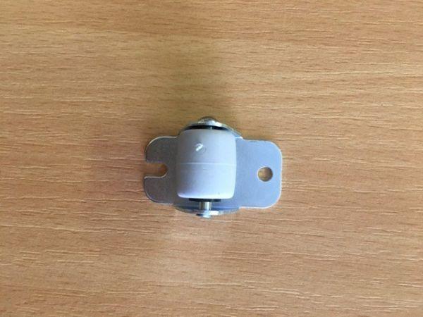 Bútorgörgő fix gumis átmérő 22mm(2)